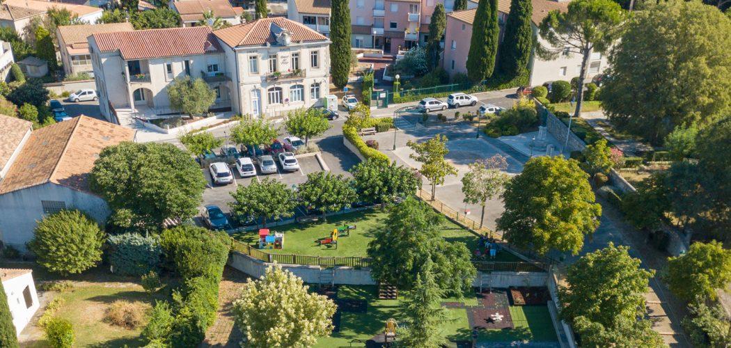 Mairie de Jacou en vue aérienne